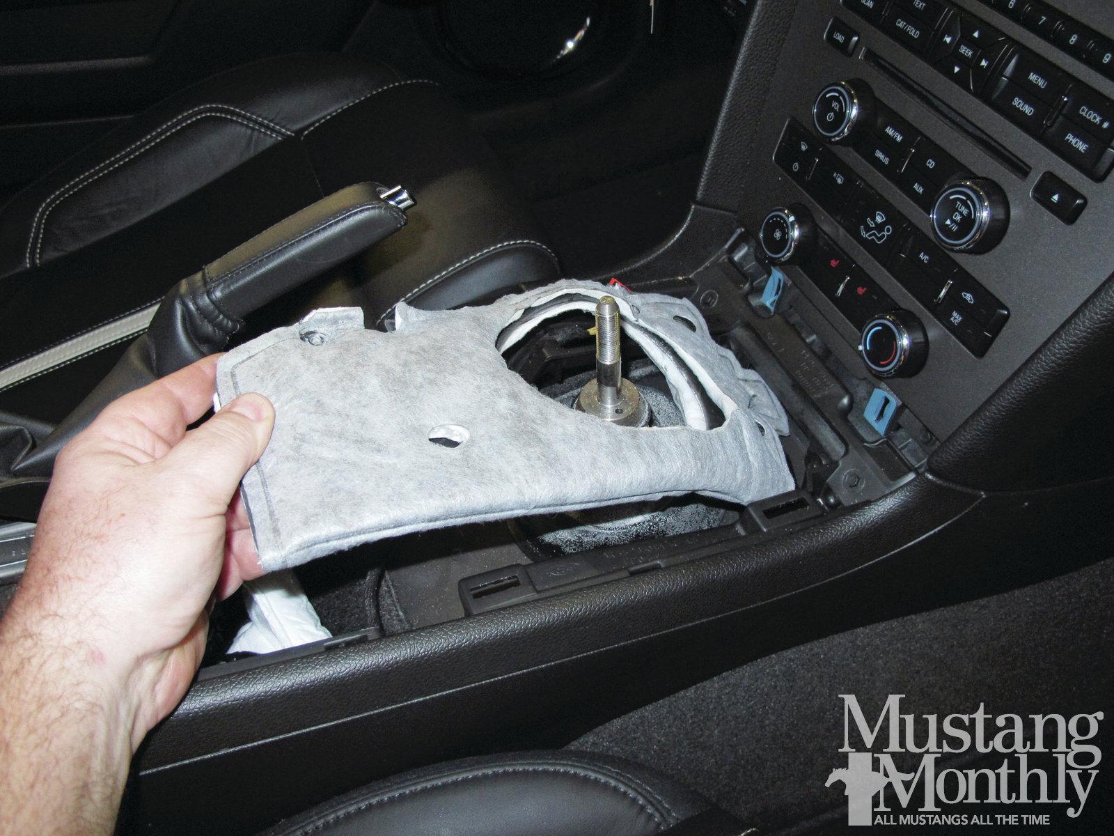 Mump 1204 006 Installing A Steeda Tri Ax Shifter