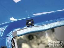 Mump_1204_002_installing_windshields_and_backlights_