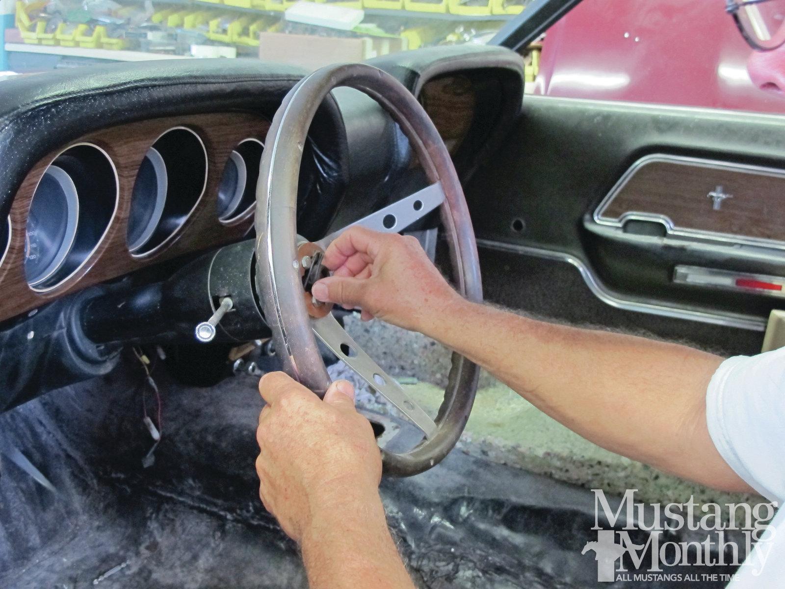 Mump 1208 07 Tilt Steering Column Conversion