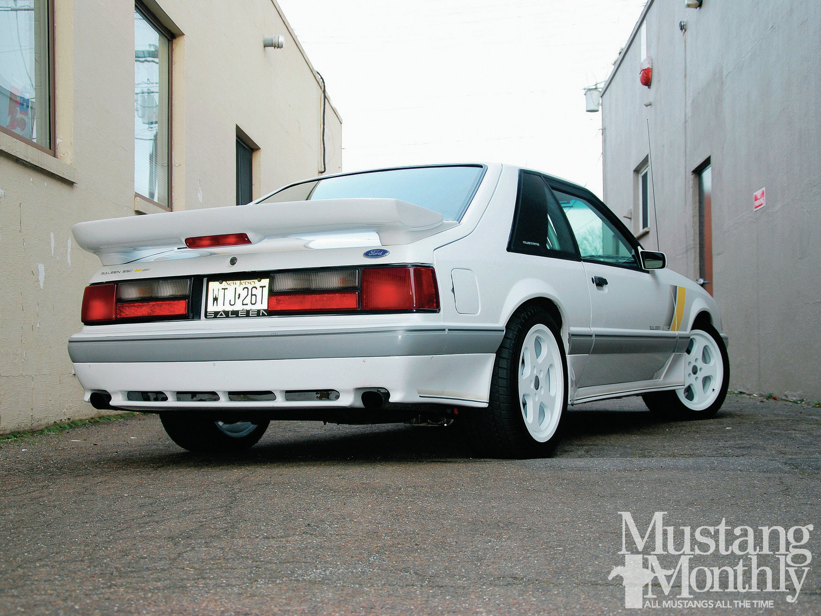 Mump 1207 04 Hr 1989 Saleen Ssc White Out