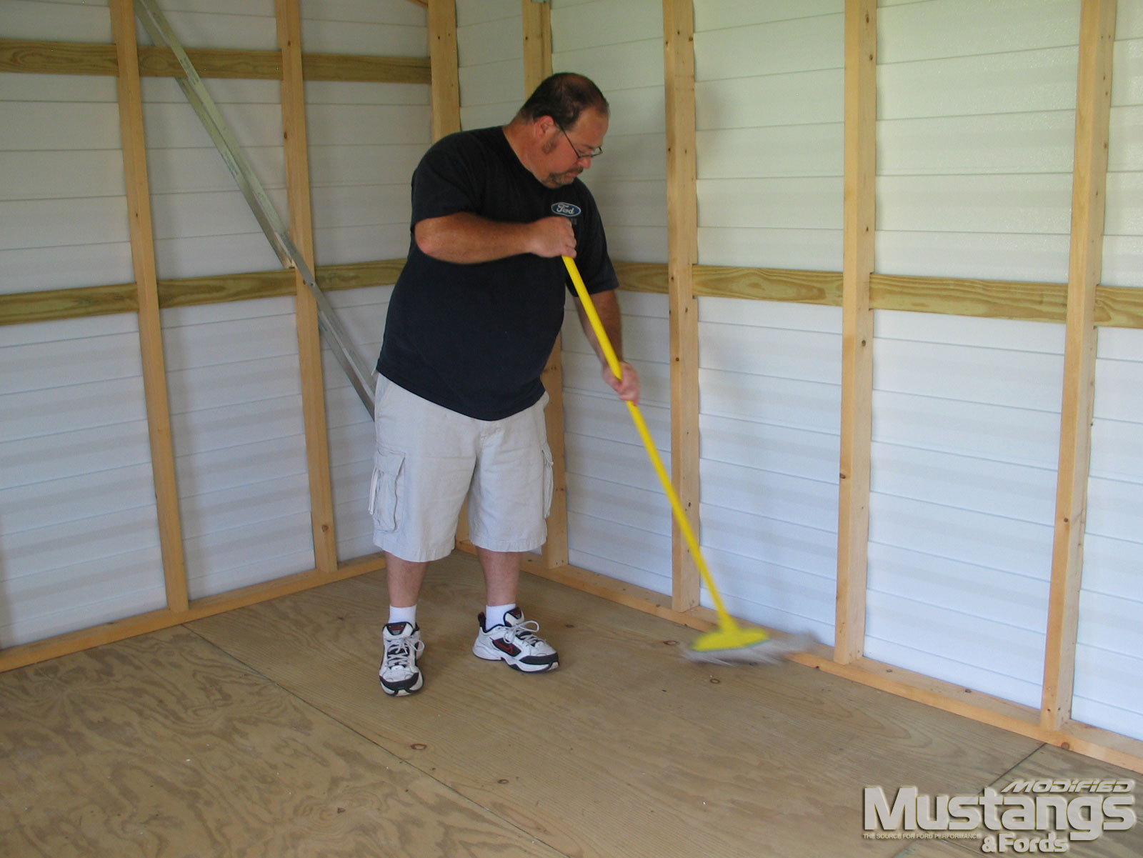 Mdmp 110916 Rock Solid Floors Garage Coat Install 03