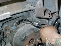 Mump 1202 25 How To Install Bolt On Power Disc Brakes Retaining Bolts Removed