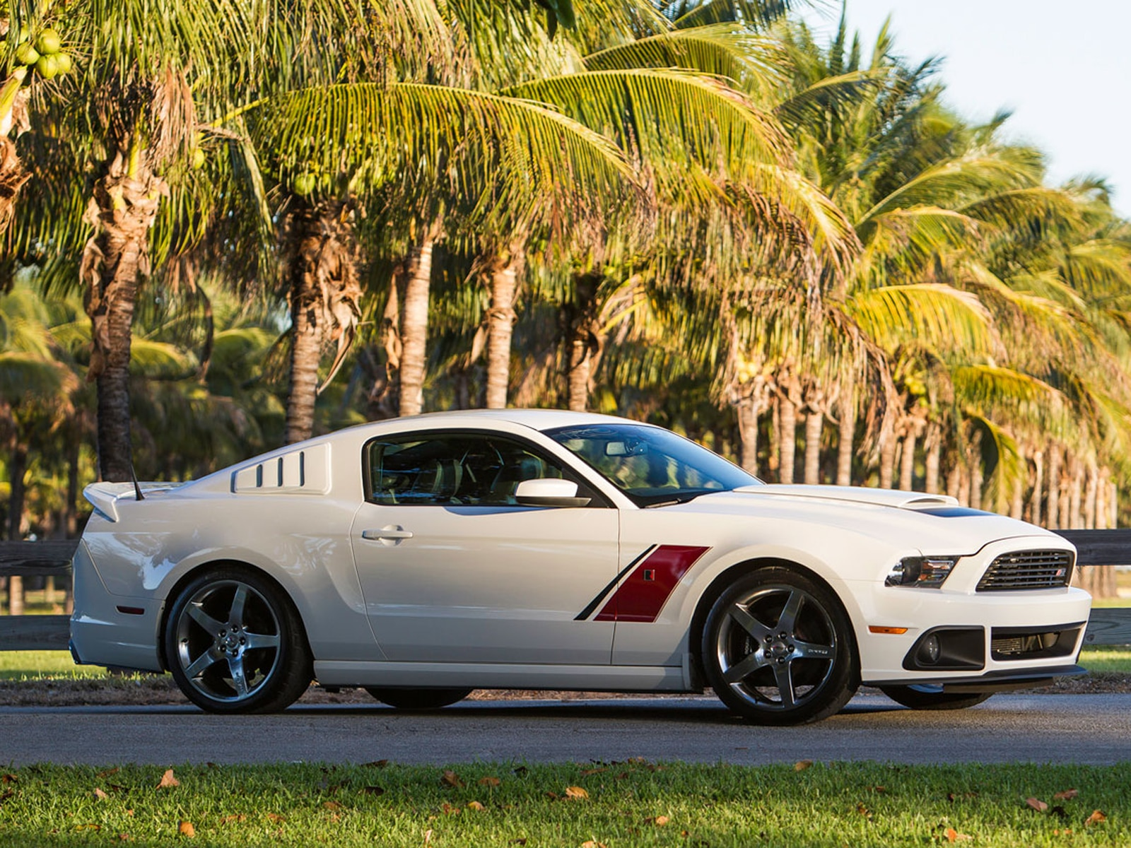 2014 Roush Stage 3 Ford Mustang White Red Side