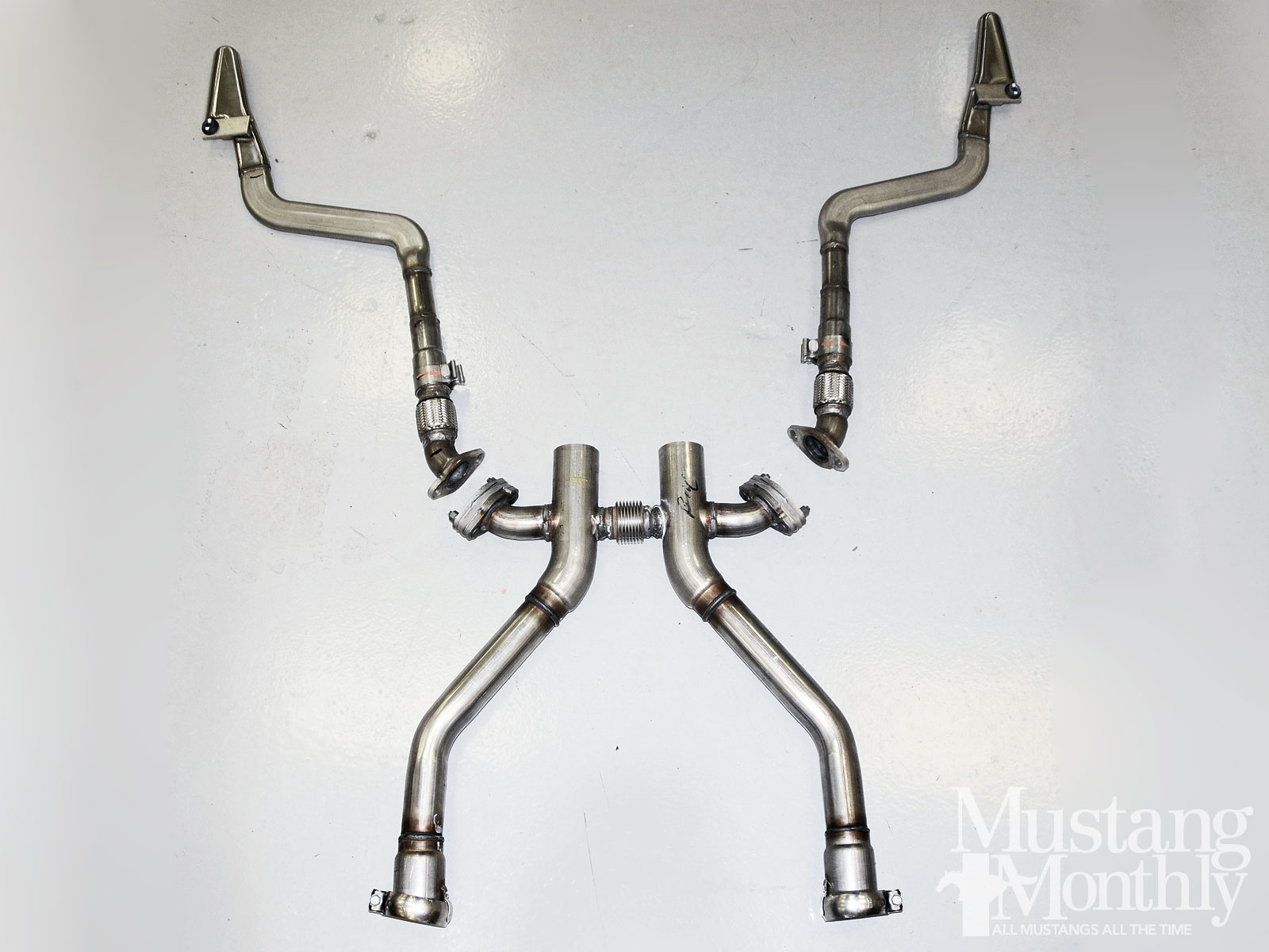 Mump 1301 05 2013 Ford Mustang Gt Boss 302 Side Exit Exhaust Kit