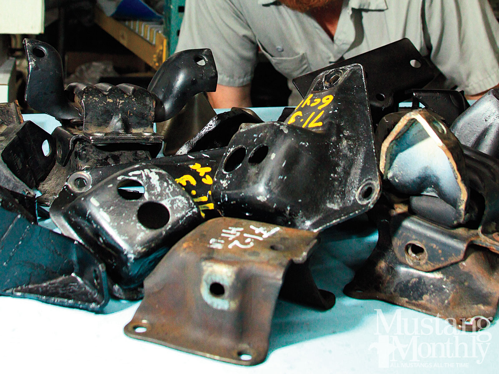 how to identify and choose engine mounts mustang monthly magazine Turbo Engine Bay engine mounts exist to provide support and isolate vibration as the mustang evolved over the past half century, engine and driveline mount technology has