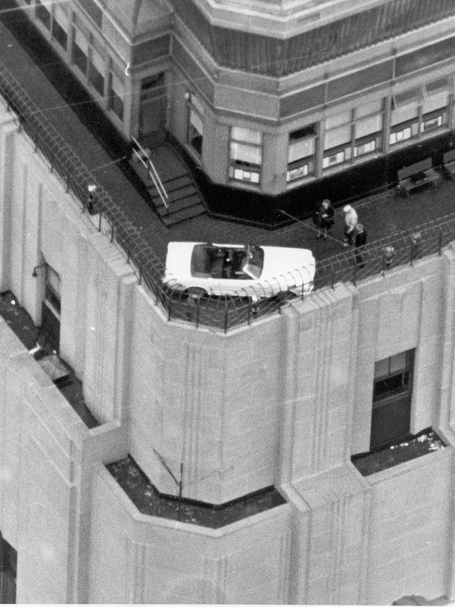 1966 Ford Mustang Empire State Building
