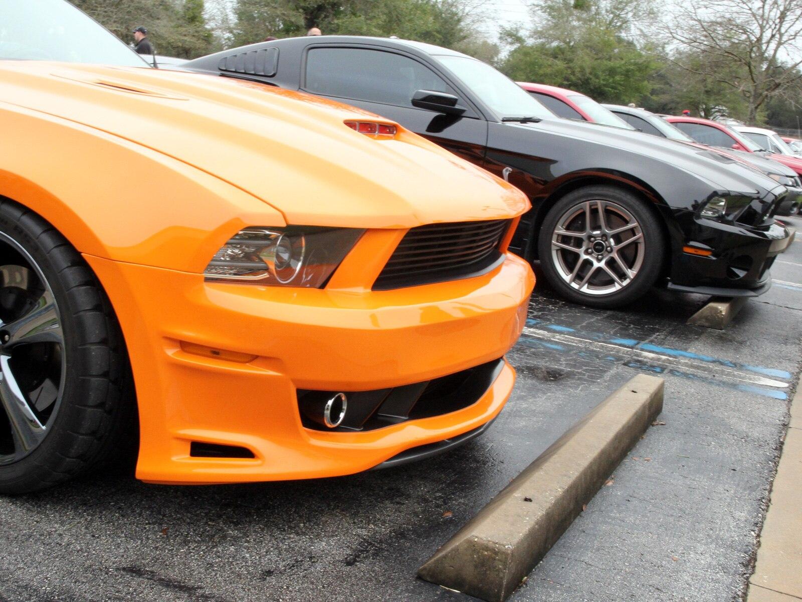 1401 2013 Ford Mustang Orange Saleen