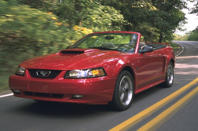 2001 Ford Mustang GT Front Left Side