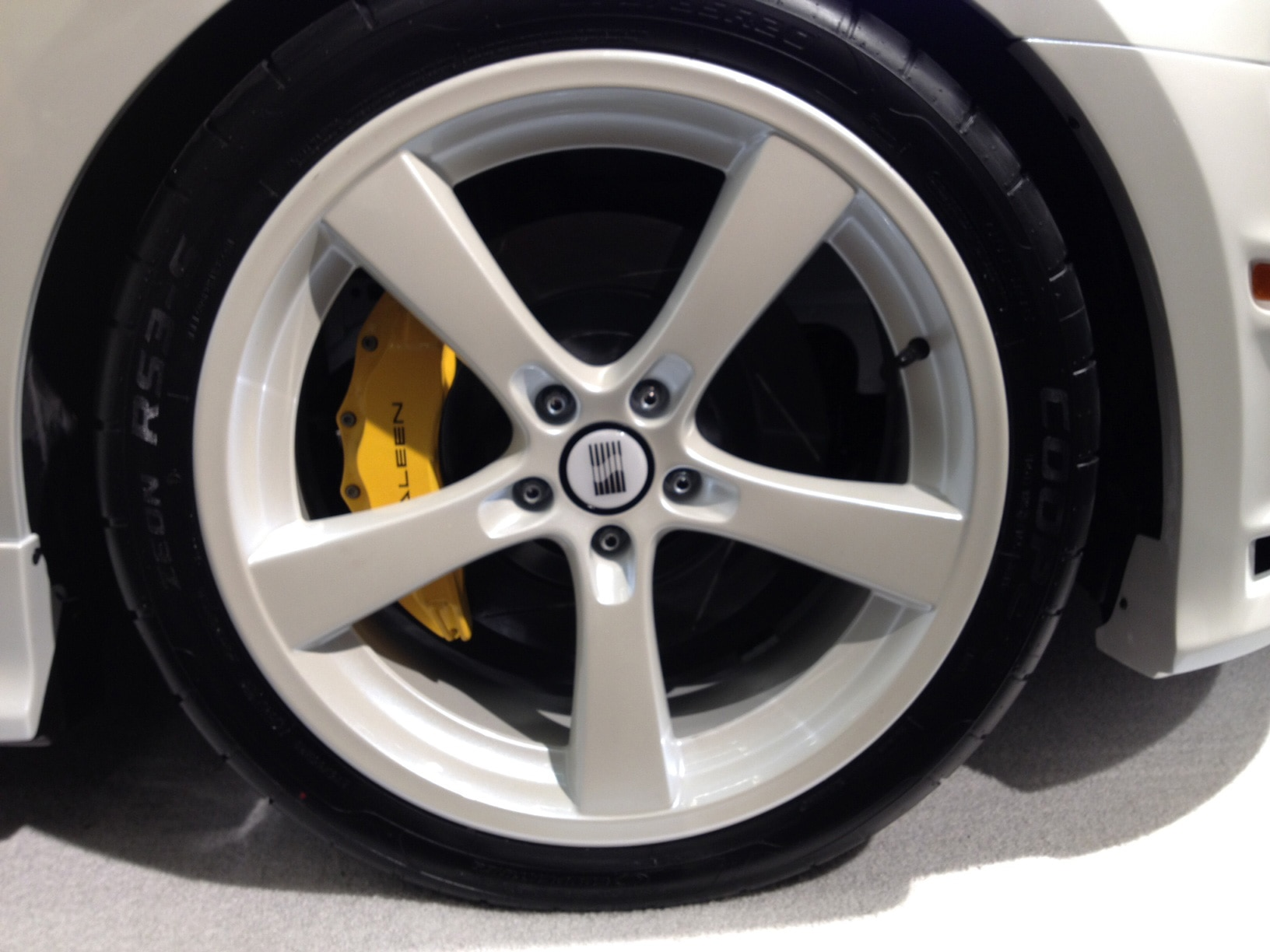 1311 2014 Ford Mustang Saleen Sa30 Wheel