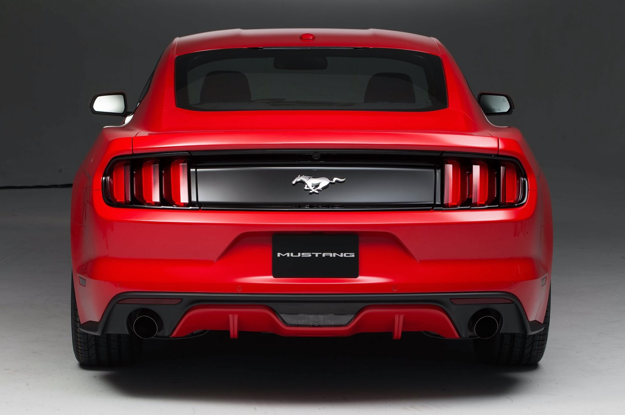 2015 Ford Mustang Rear View 2