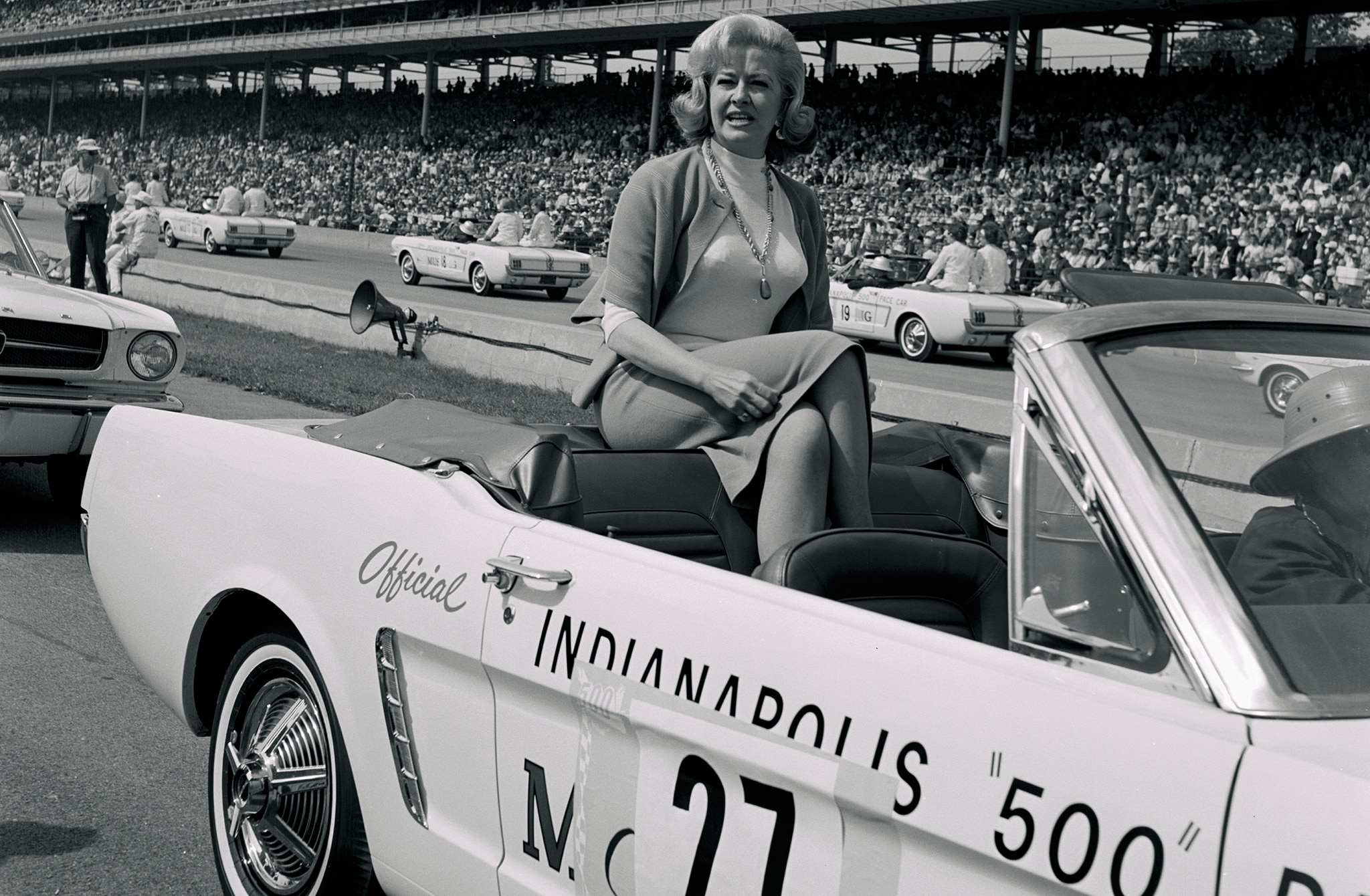 Ford Mustang 1964 Indy 500 Pace Car Queen