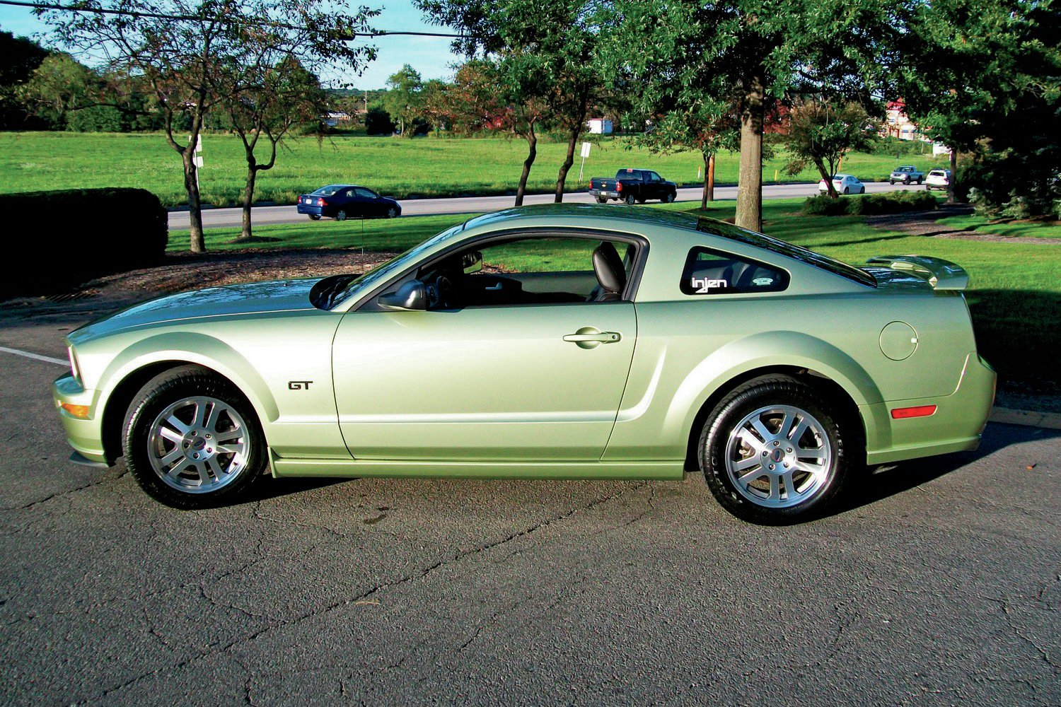 Showcase Readers Rides June 2014 2005 Ford Mustang