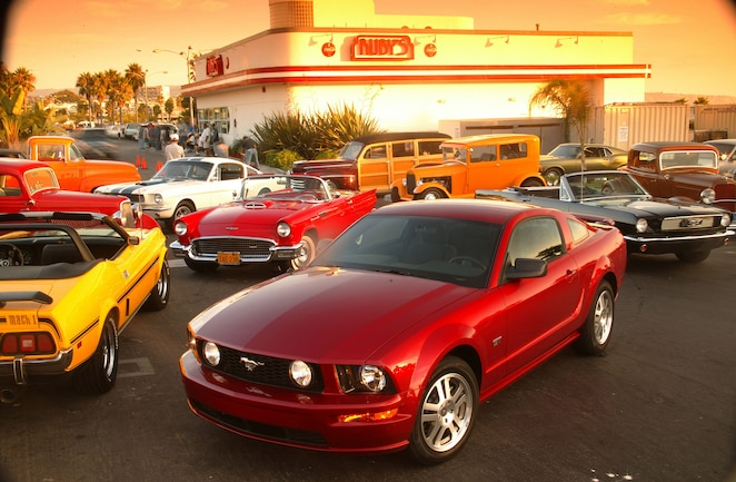 Ford Mustang S197 Cars
