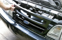 1993 Ford Mustang Grille Remove
