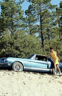 1967 Ford Mustang Shelby Gt Side View Woman