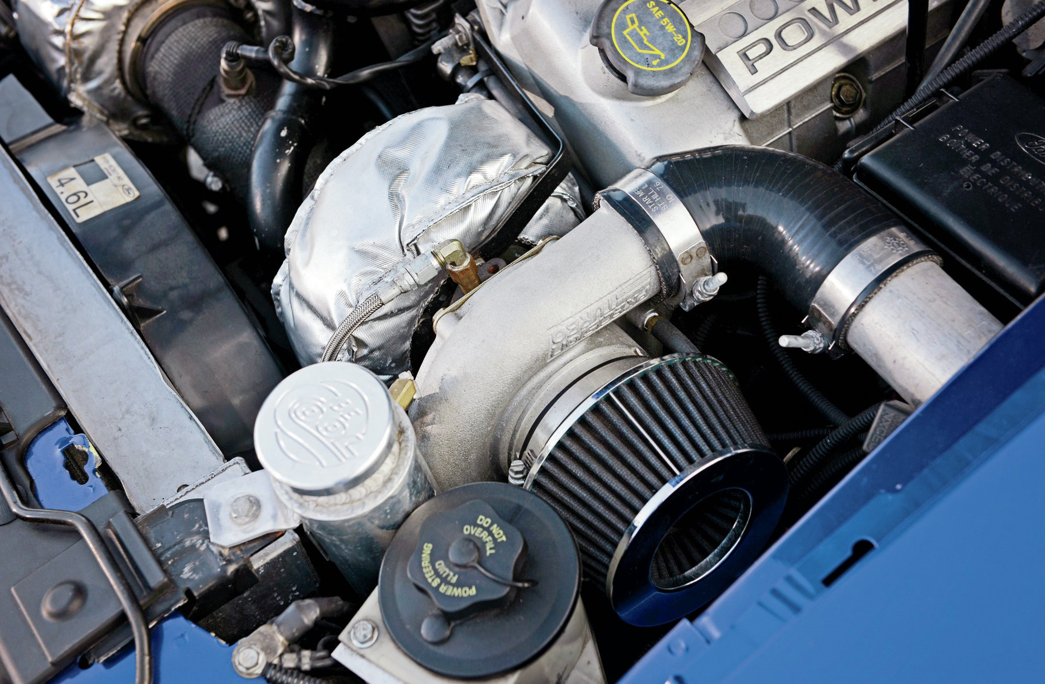 2002 Ford Mustang Engine View