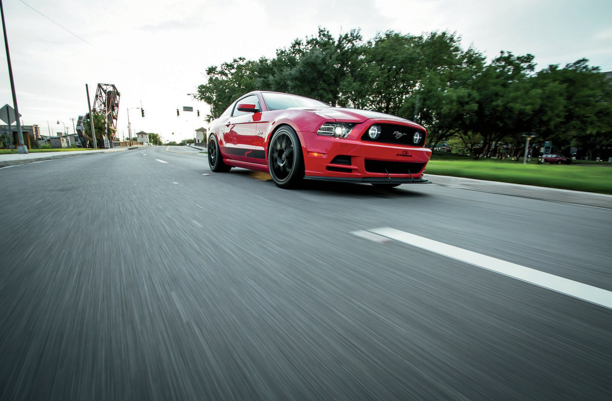 2014 Ford Mustang Passenger Side View