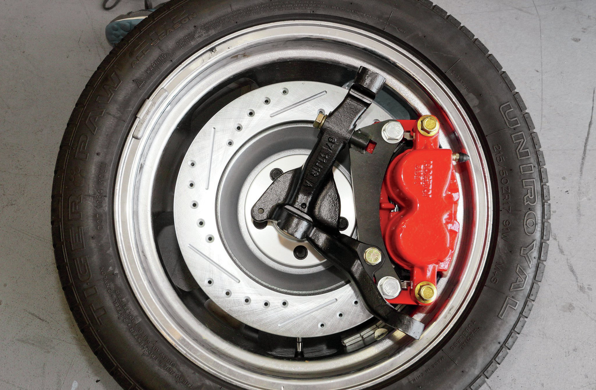 Brakes Fitting Wheel