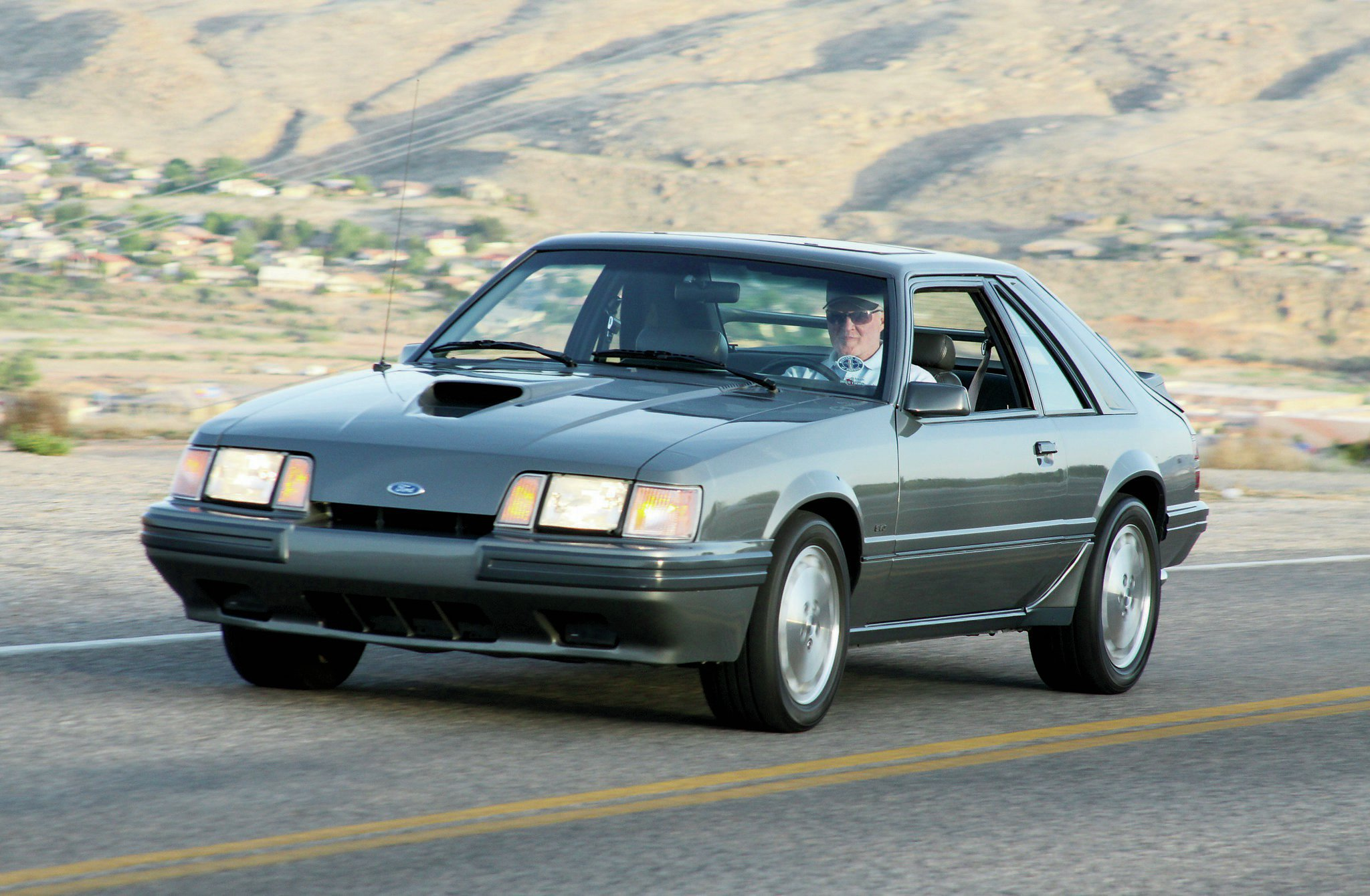 1986 Ford Mustang Front View
