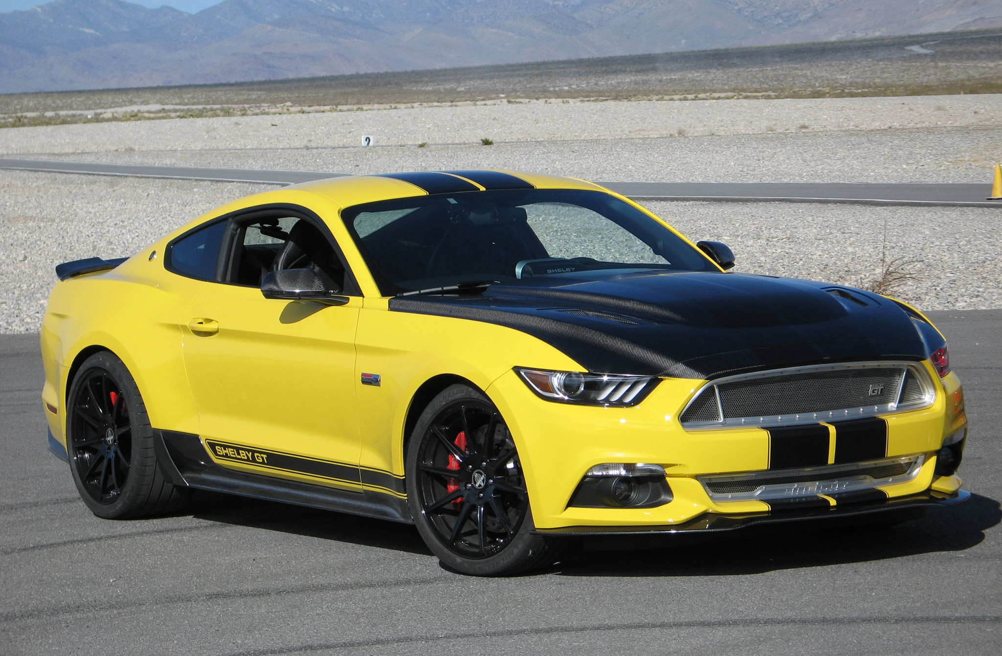 2015 Ford Mustang Shelby Gt Yellow