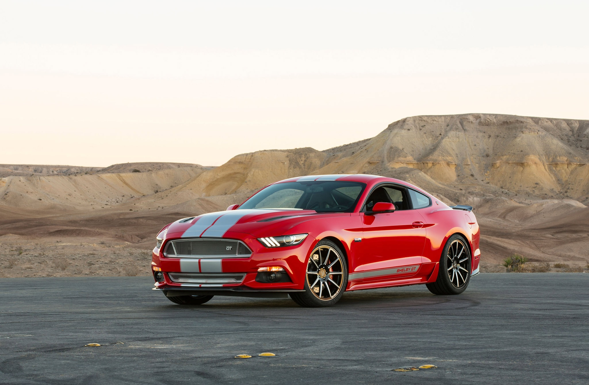 2015 Ford Mustang Shelby Gt Red Gray