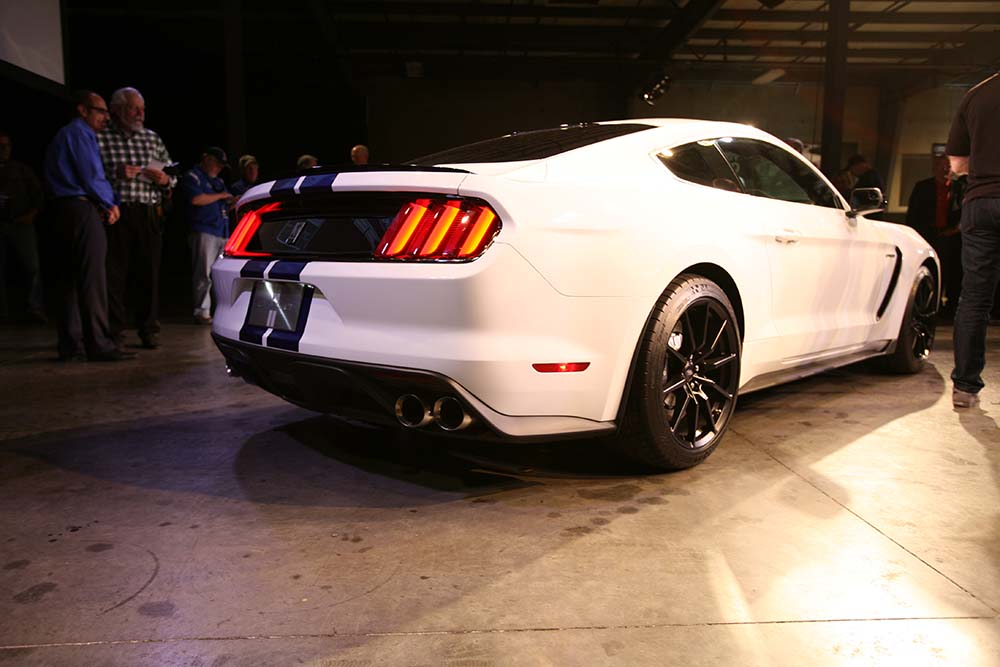 2016 Ford Mustang GT350 45