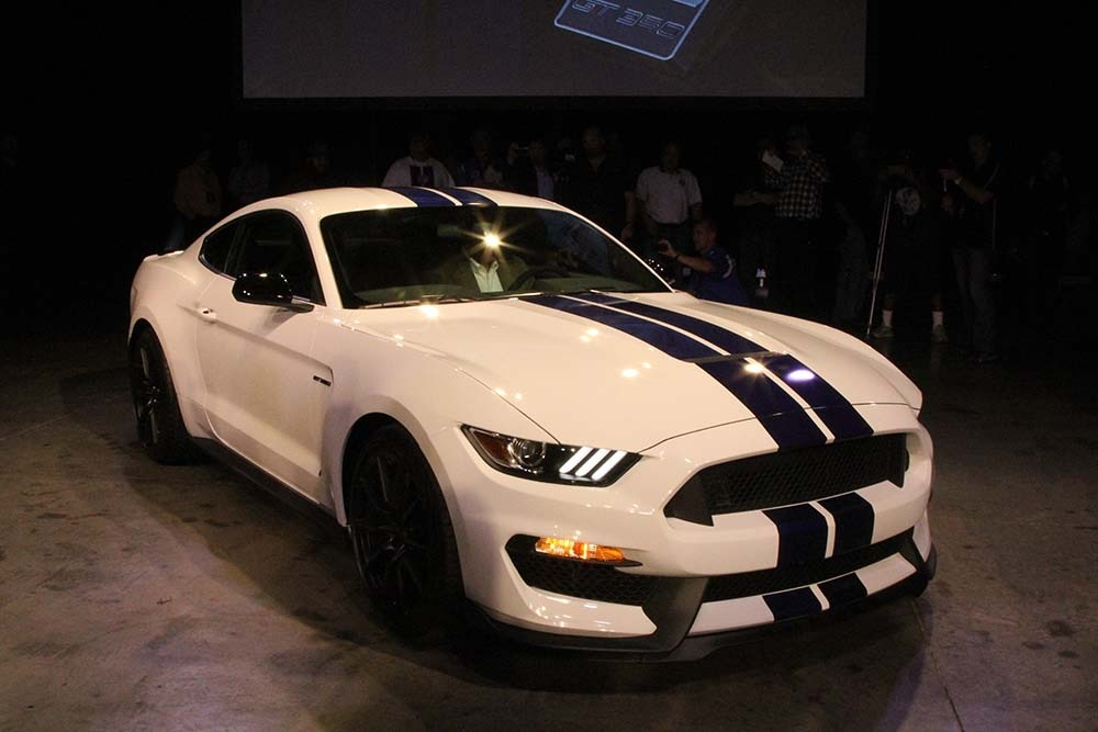 Ford 2016 Shelby GT350 Unveiling Mustang 07