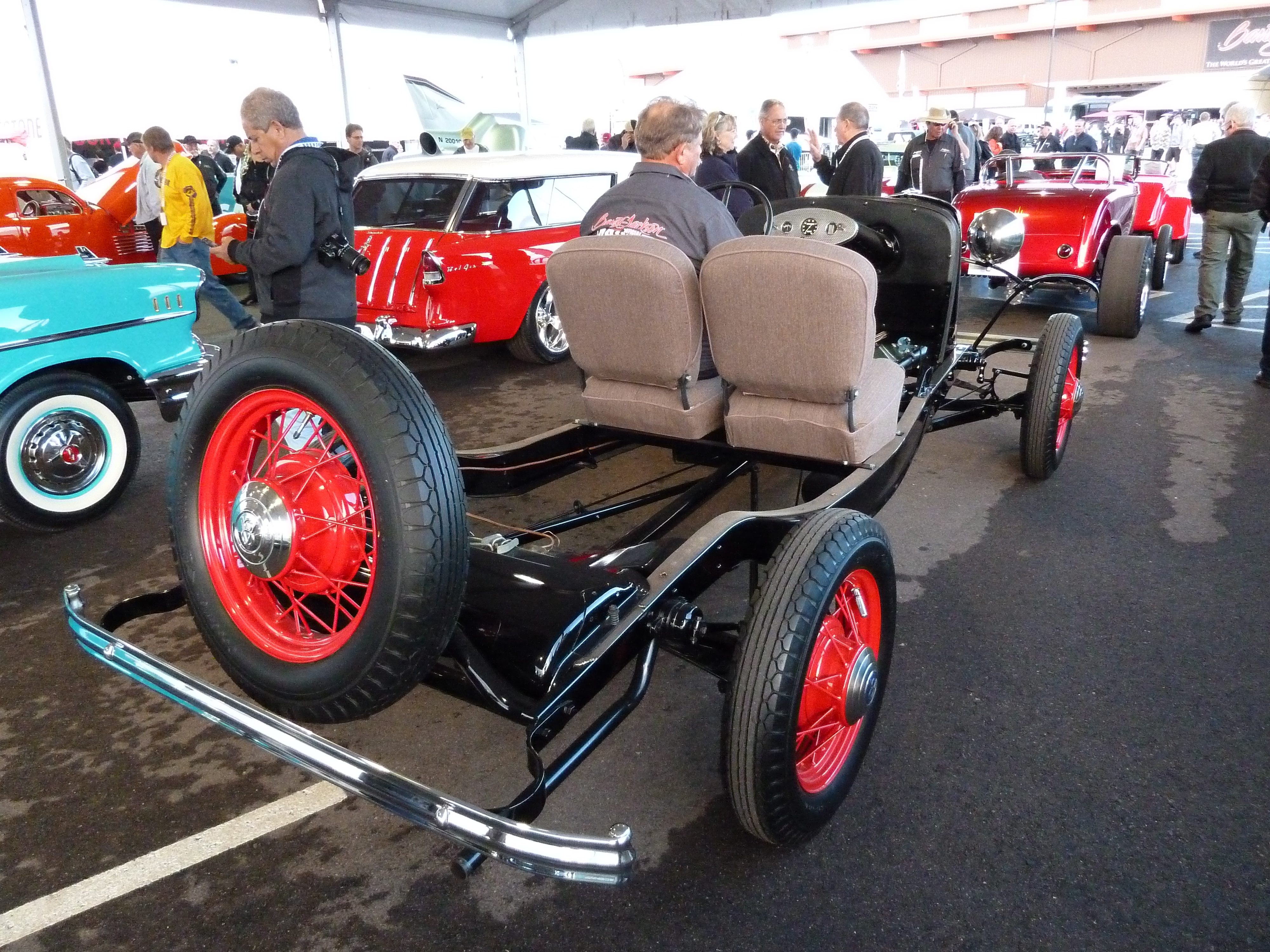 Really Cool  Fully Operational 1932 Ford V 8 Show Chassis Drove Its Way To The Block