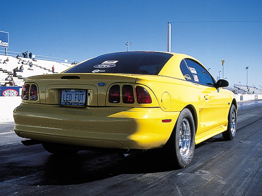 0405mm_21z Ford_Mustang Rear_View_At_Track