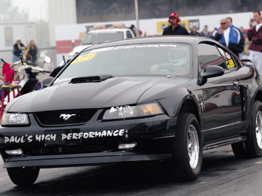 0310mm_31z Ford_Mustang_Mach_1 Front_View_At_Track