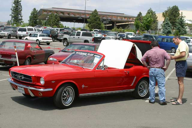Ford Mustang Convertible Front Side View