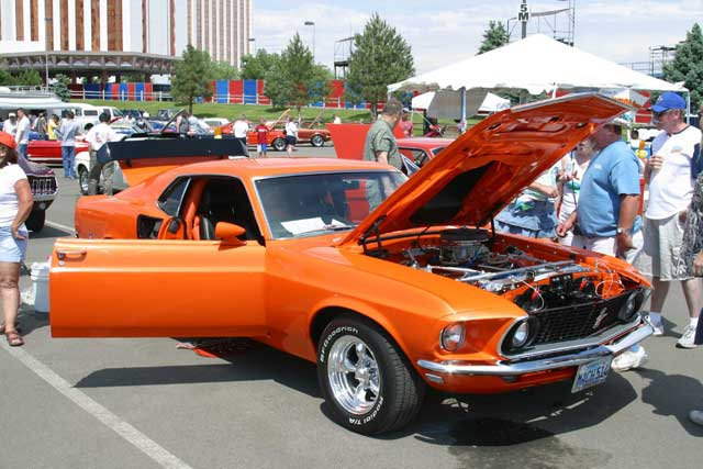 1969 Ford Mustang Mach 1 Front Side View