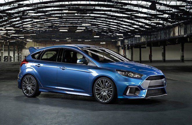 2016 Ford Focus Rs Front Quarter View
