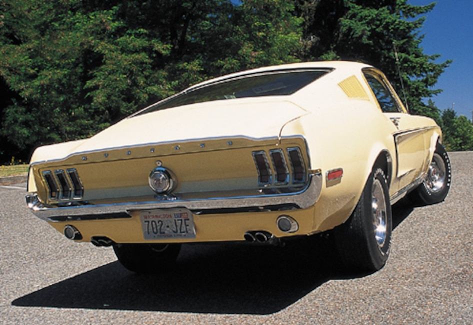 P64791_large 1968_Ford_Mustang_Cobra_Jet Rear_View