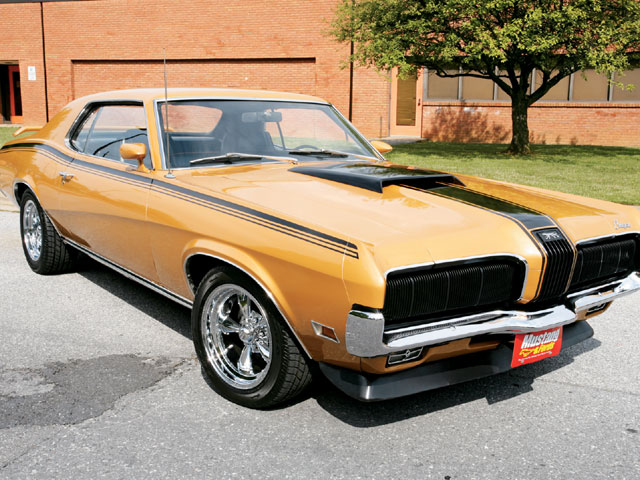 1970 Mercury Cougar Front View