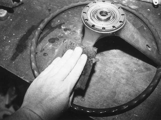 Mump 9908 Rim 07 Z Classic Mustang Steering Wheel Restoration Finish Scuffing