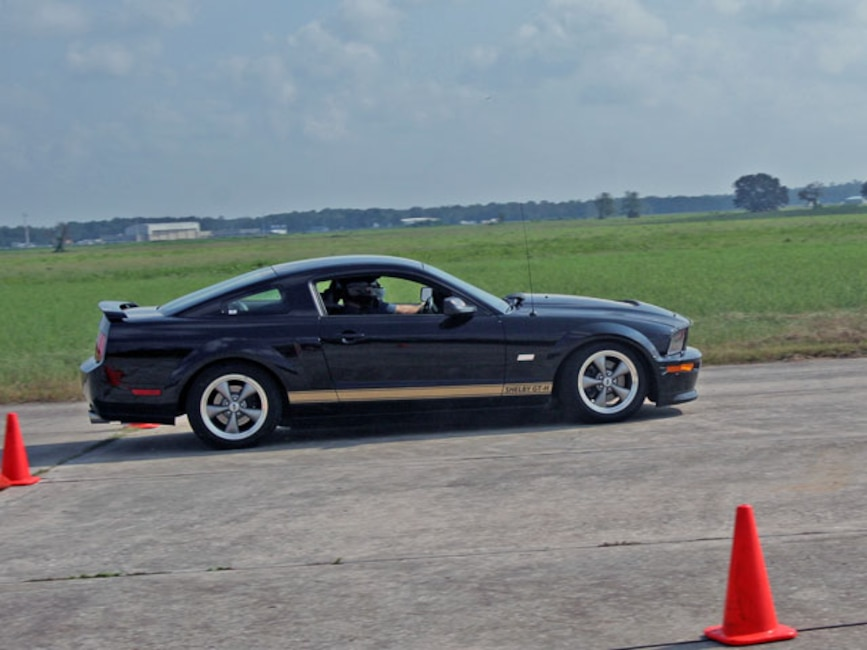 Mmfp_0704_05_z Hertz_shelby_GTH_mustang Cutting_cones