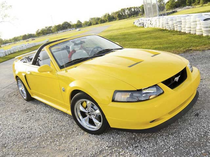 04 Mustang Gt >> 2004 Ford Mustang Gt Convertible Braking The Rules