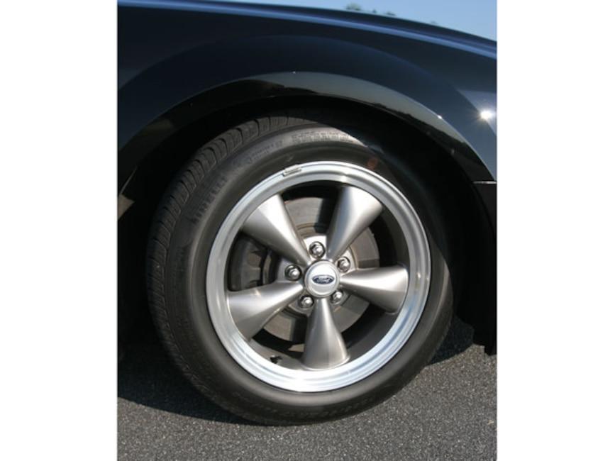 Mmfp_0704_03_z Hertz_shelby_GTH_mustang Torque_thrust_style_wheels
