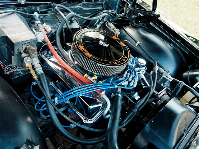 1969 Mercury Marauder X 100 Engine Bay