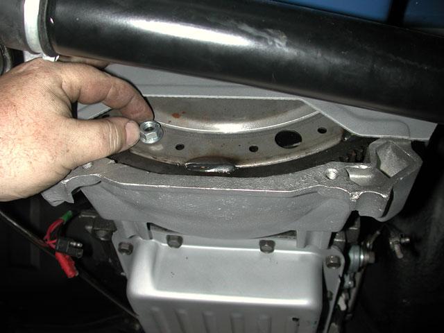 Mump 0409 06 Z Ford Mustang Drivetrain Install Bolting In The Torque Converter