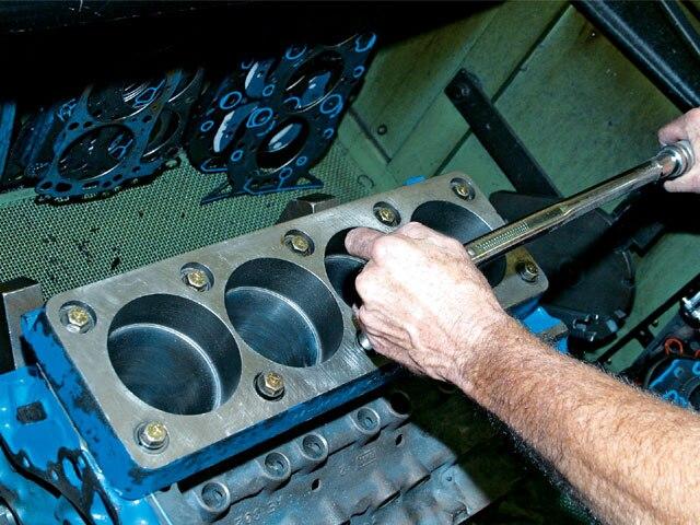 0706 Mump 05 Z Boss 302 Build Torque Plate