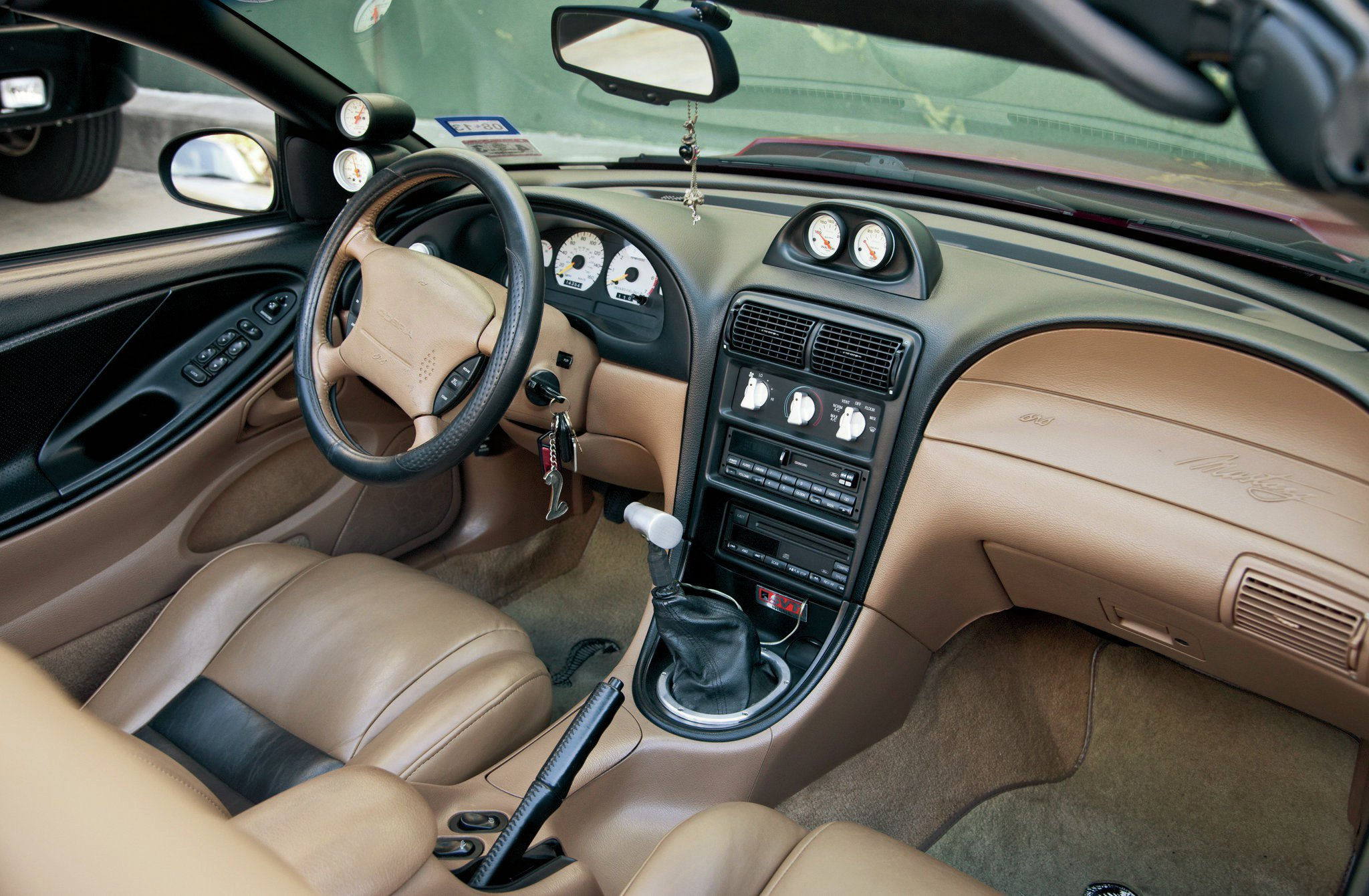 1994 Ford Mustang Interior 1