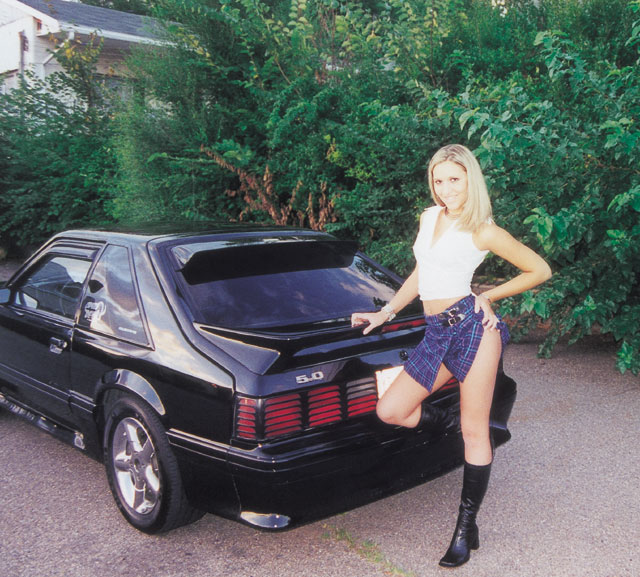 138 0203 Z March Babe Lauren 1988 Ford Mustang GT