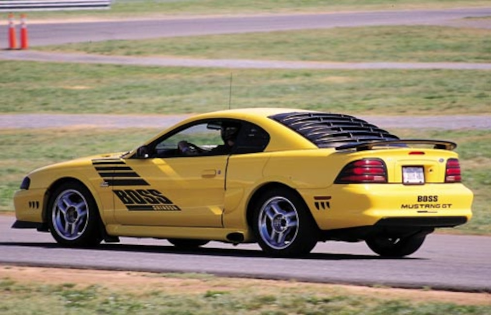 P94259_large 1995_Ford_Mustang Driver_Side_View