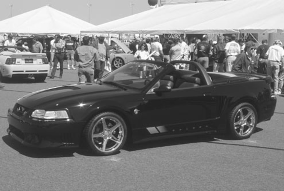 P94266_large 1999_Ford_Mustang_Convertible_Saleen Driver_Side