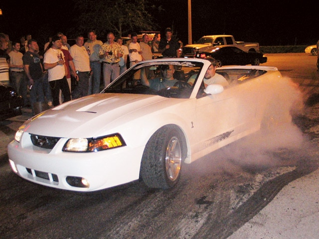 0407mm_09z Ford_Cobra Front_Drivers_Side_View_Burnout