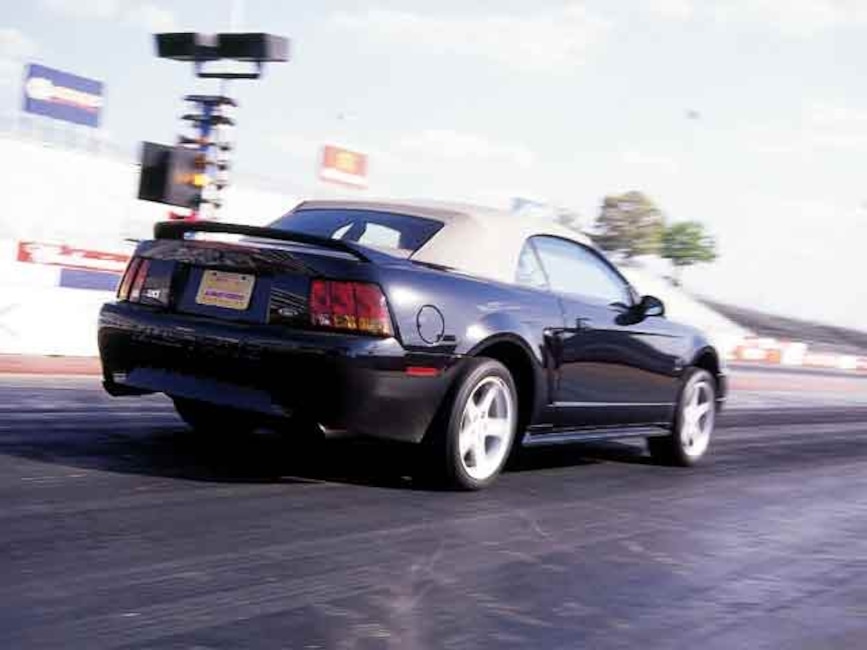 0110mmfp_03z 1999_ford_mustang_cobra Right_rear_view