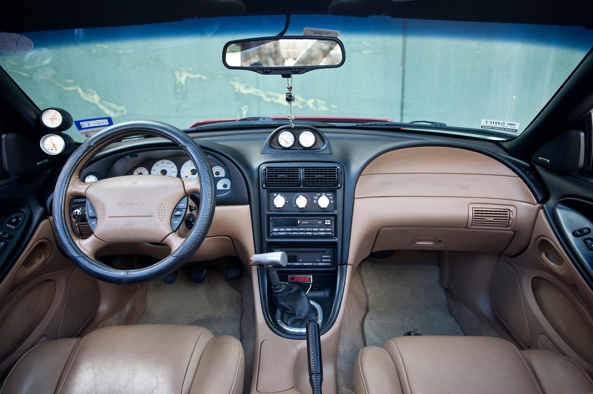 1994 Ford Mustang Interior 2