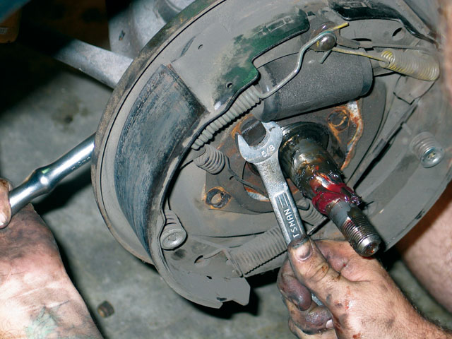 1968 Ford Mustang Disc Brakes Remove The Retaining Nut